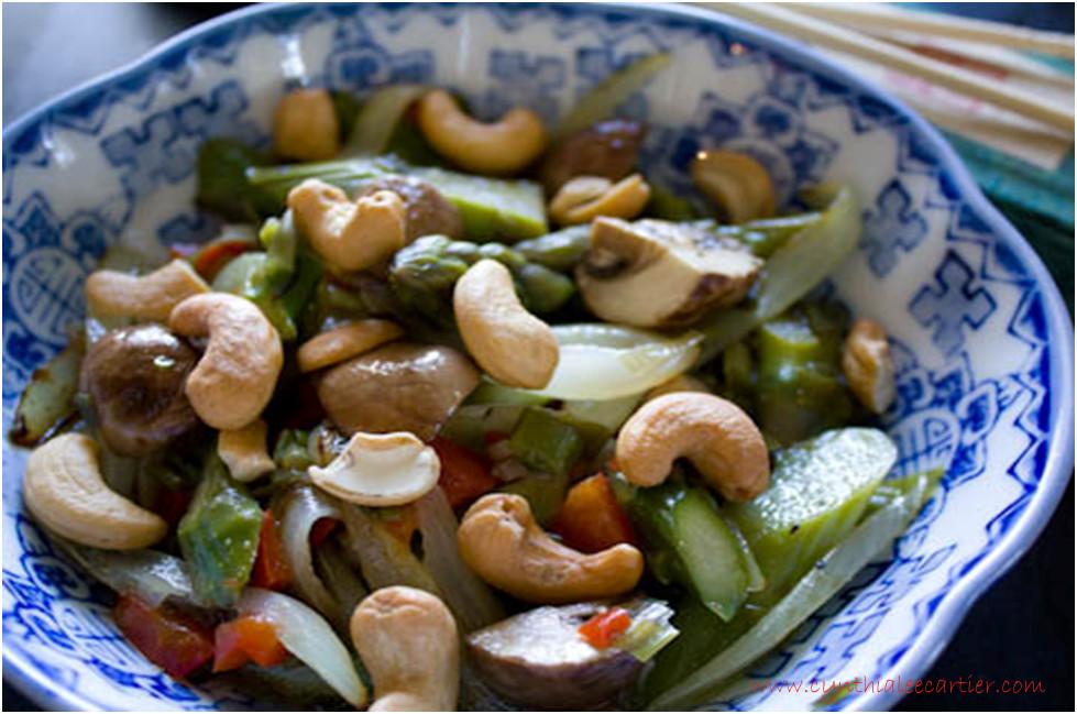 Asparagus Recipes: Asian Cashew Asparagus